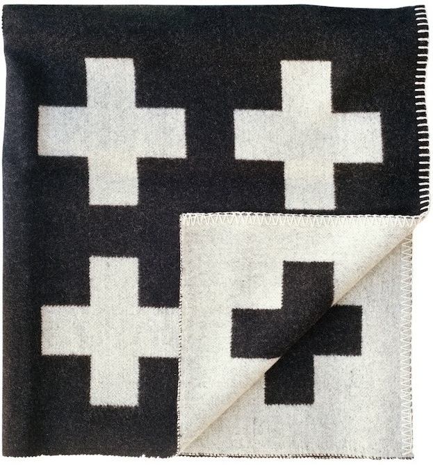 pia-wallen-crux-blanket