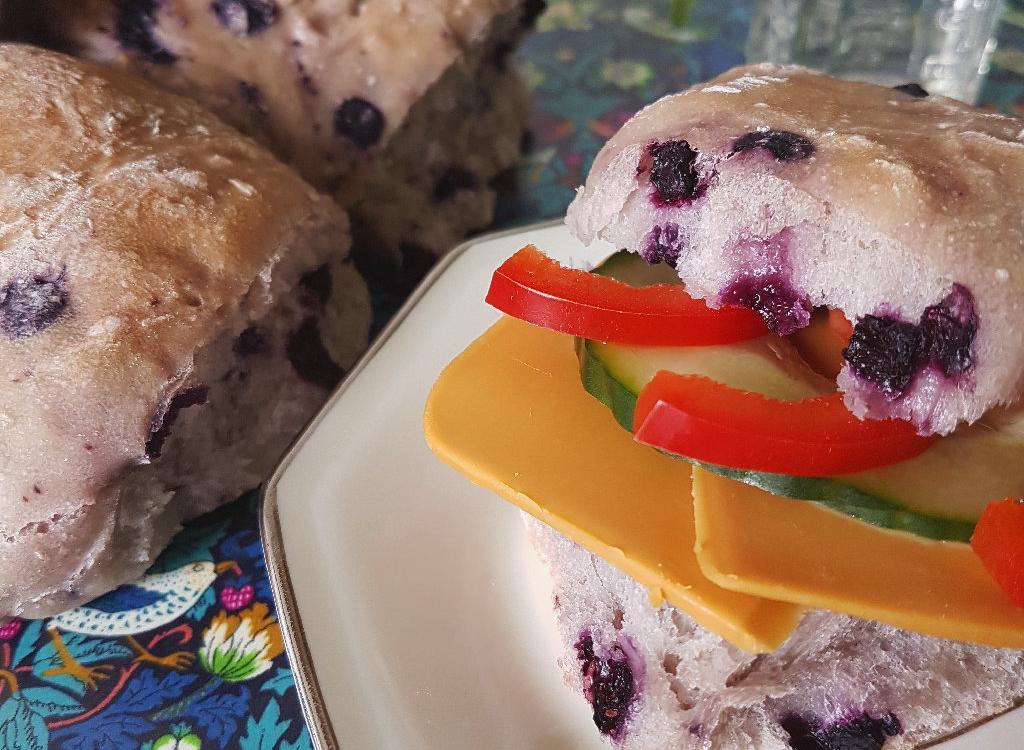 Gör egen frukost – frallor och granola